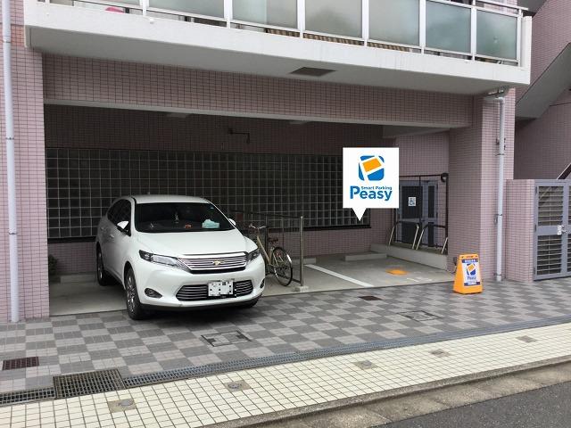 駐車場全景です。15番車室が駐車車室になります。