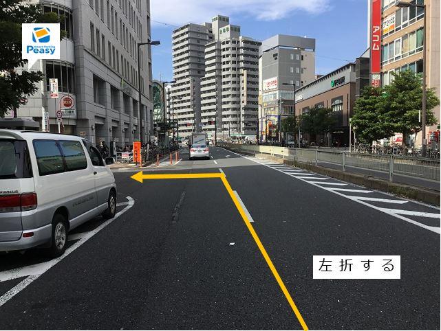都島通りを左折し前面道路に入ります。