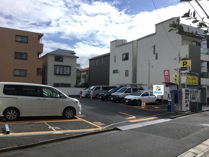 駐車場全景です。1番車室です。