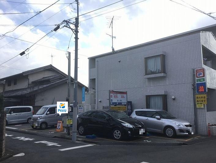 駐車場全景です。3番車室が駐車車室となります。