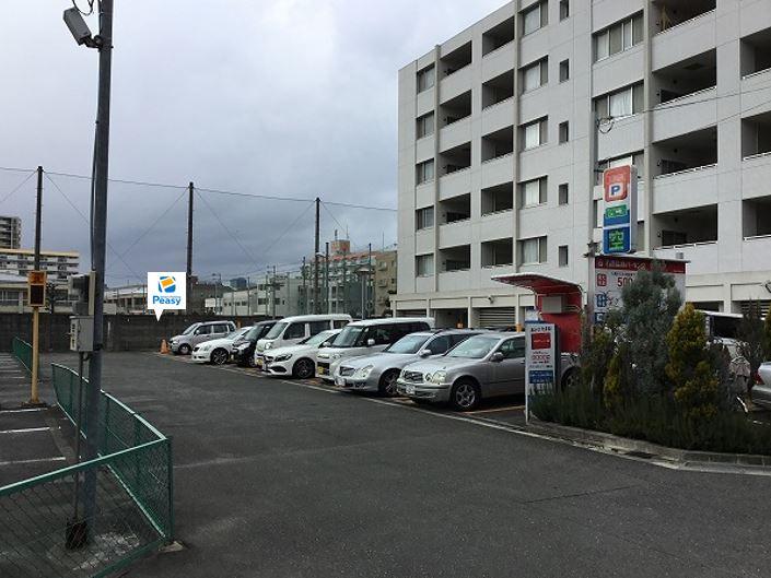 駐車場全景です。12番車室が駐車車室となります。