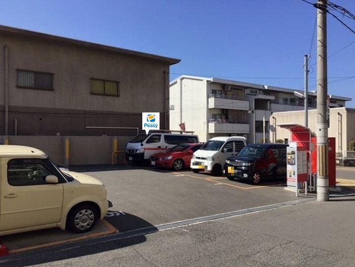 駐車場全景です。4番車室が駐車車室となります。